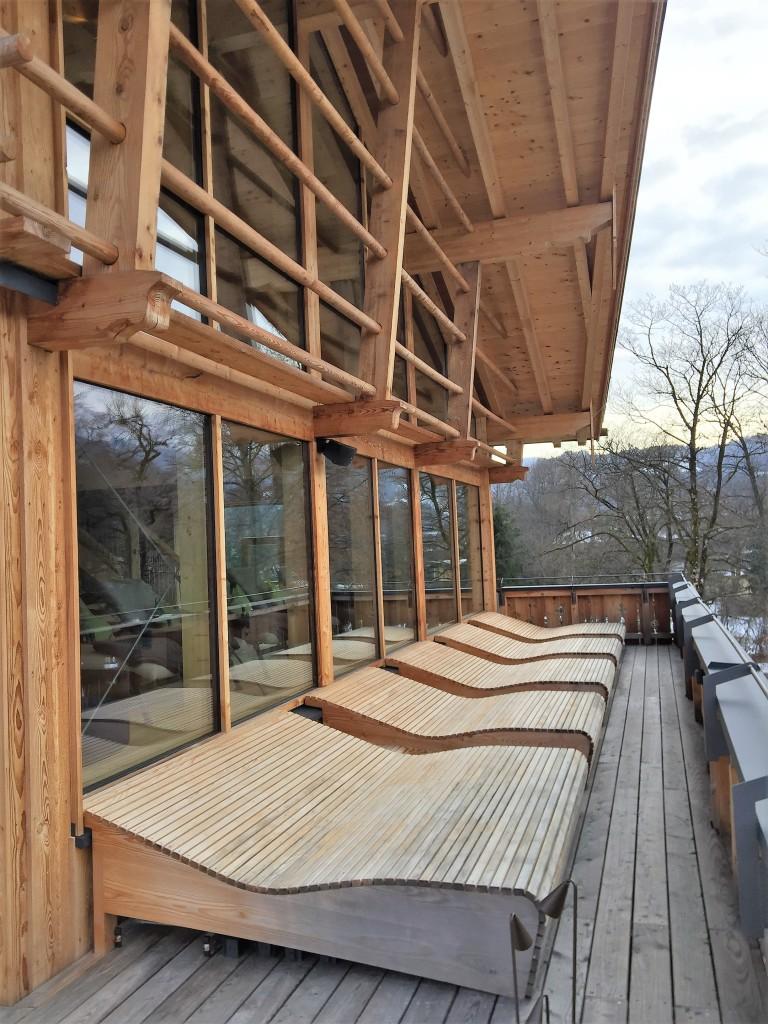 Liegen Außenbereich Werdenfelserei Garmisch