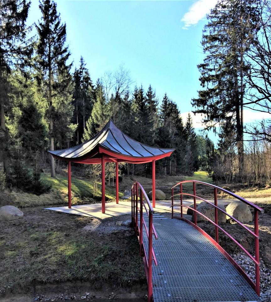 Asien-Garten Pavillon Weltwald Freising
